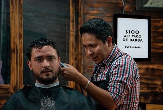 Afeitado de barba por $100